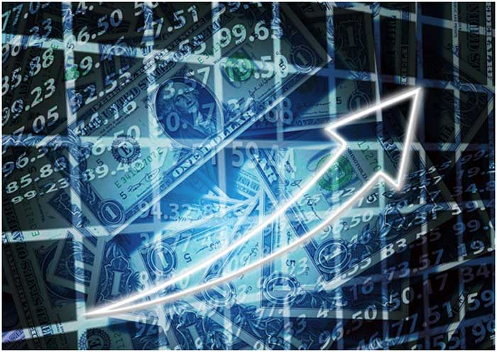Why Online Trading is a Smart Move for Entrepreneurs