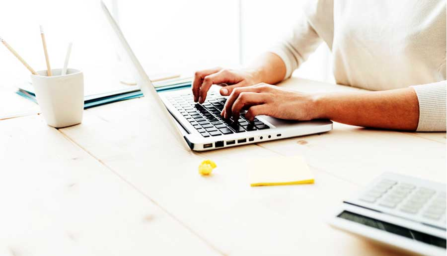 Pros and Cons of Working as a Freelancer