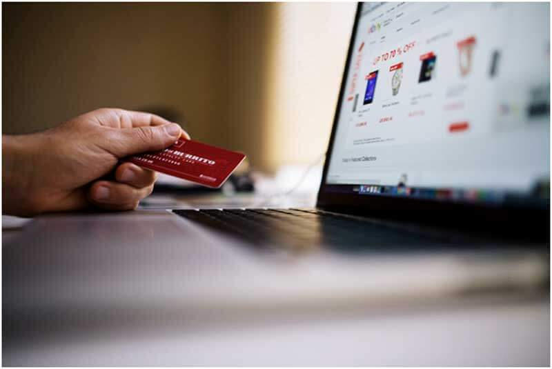 Tips for Consolidating Credit Card Debt