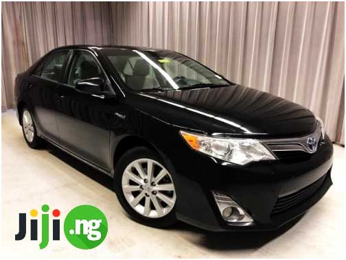 Reasons to Fall In Love With Toyota Camry 2012